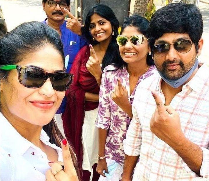 குக்கு வித் கோமாளி பிரபலங்கள் வாக்குப்பதிவு செய்தனர் | 2021 சட்டமன்ற தேர்தல் 8